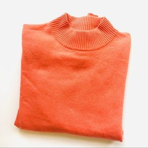 Investments women's cashmere sweater crew neck M